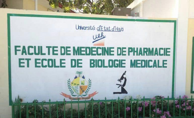 Les activitésn'ont toujours pas repris à la Faculté de Médecine et de Pharmacie (FMP) en dépit de la décision du décanat de procéder à la réouverture de la faculté, lundi 9 septembre 2019. Photo: HaitiTweets