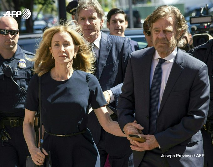 Felicity Huffman et son mari William H. Macy le 13 septembre 2019 à Boston