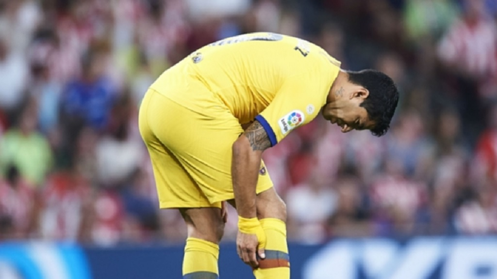 Luis Suarez suffered an injury in Barcelona's first LaLiga fixture of the season.