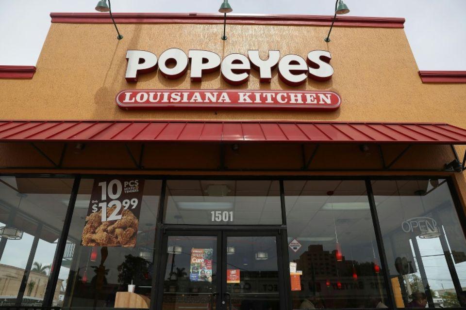 Un restaurant Popeyes le 21 février 2017 à Miami, en Floride afp.com - JOE RAEDLE