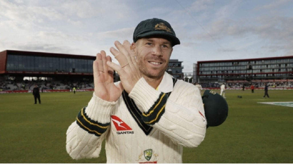 David Warner celebrates at Old Trafford.