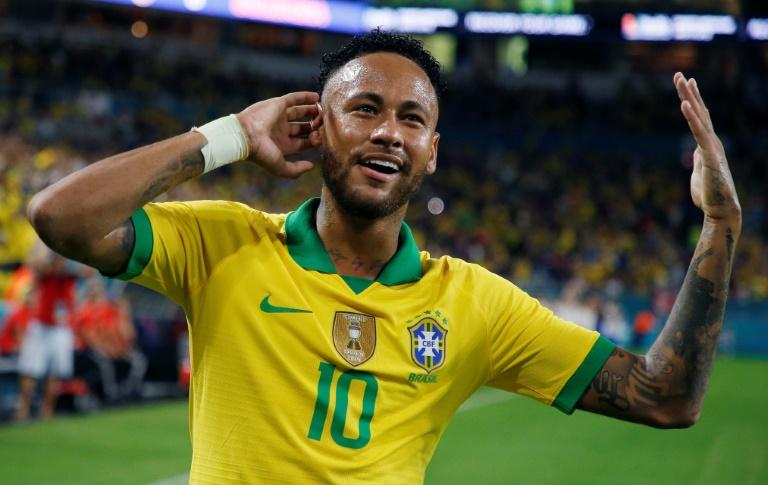 Neymar célèbre son but pour le Brésil contre la Colombie en match amical, le 6 septembre 2019 à Miami (Etats-Unis)