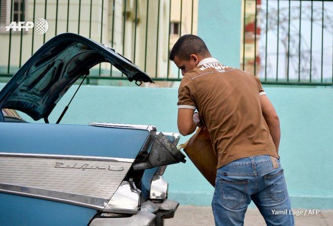 Transport réduit, clim arrêtée, télétravail: la crise de l'essence à Cuba