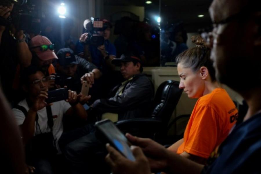 """Une Américaine, Jennifer Talbot, 42 ans, est accusée par les autorités philippines d'avoir dissimulé """"un bébé dans un sac"""" à l'aéroport de Manille afp.com - George CALVELO"""