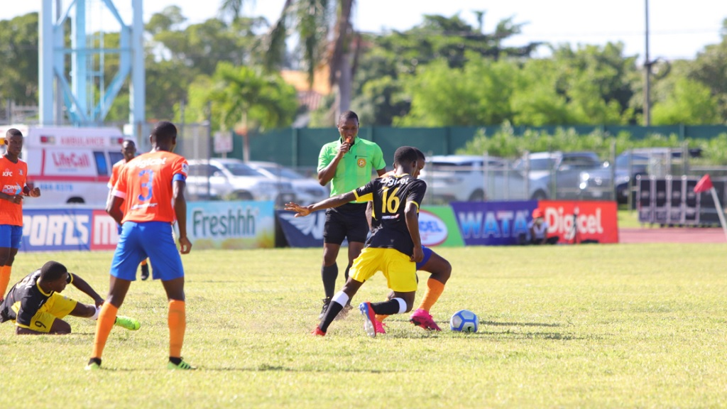 Action from the Wata daCosta Cup game between defending champions Clarendon College and Lennon High at the Montego Bay Sports Complex on Saturday, September 7, 2019.