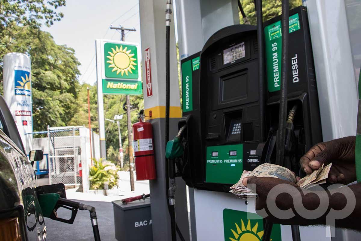 1250 gdes, le prix du gallon d'essence a Jérémie, la population gagne les rues
