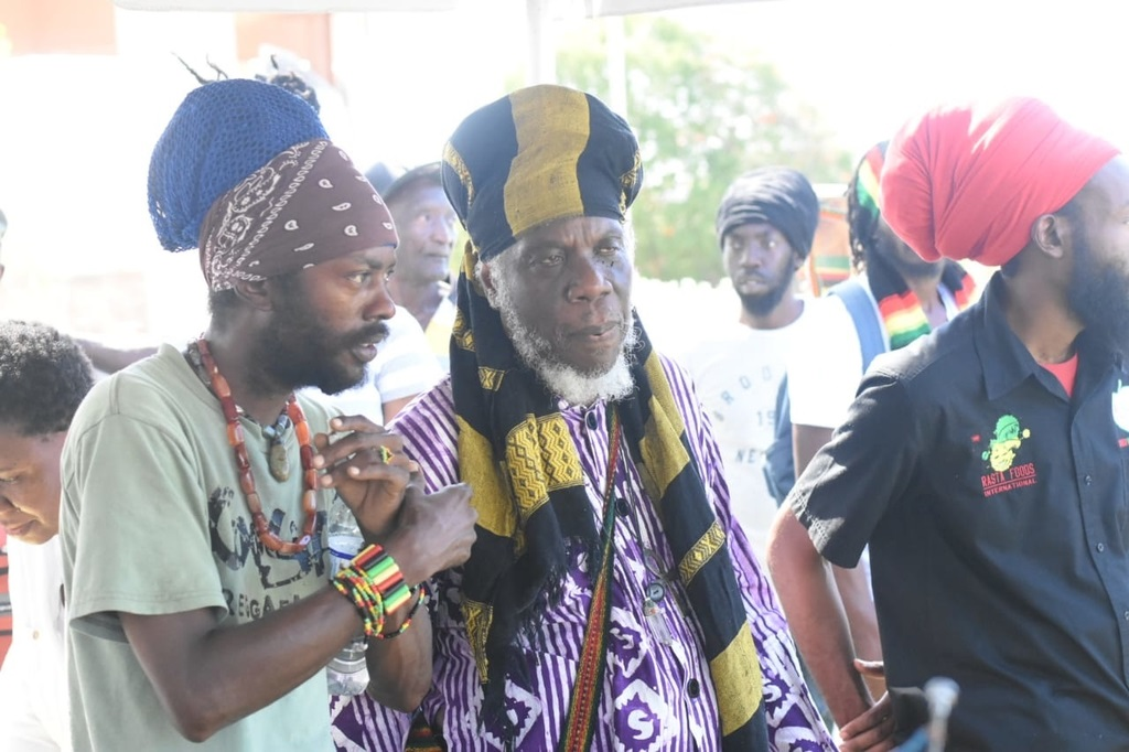 Reggae singer I Wayne (left) and talk-show host Mutabaruka during Tuesday's protest. (Photo: Marlon Reid)