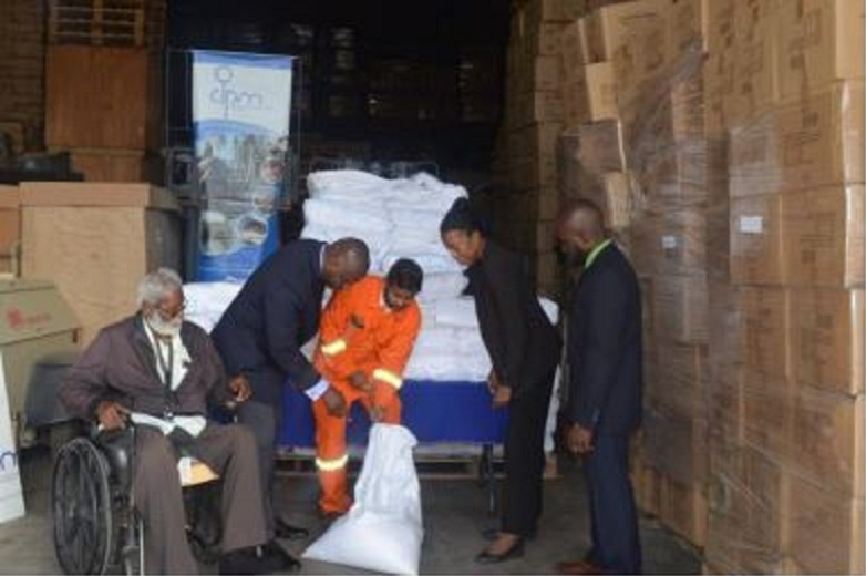 CEO of the ODPM Major General (Ret'd) Rodney Smart and PS of