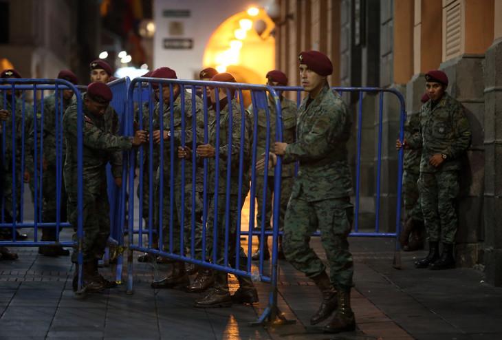 Des soldats mobilisés à Quito lors de manifestation contre la hausse des prix des carburants, le 6 octobre 2019 en Equateur afp.com - Cristina VEGA