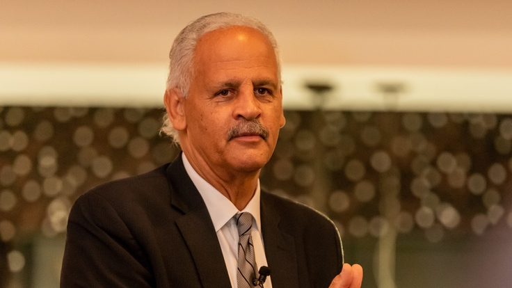 Businessman Stedman Graham addressing the Chairman's Dinner hosted by Aegis Business Solutions.