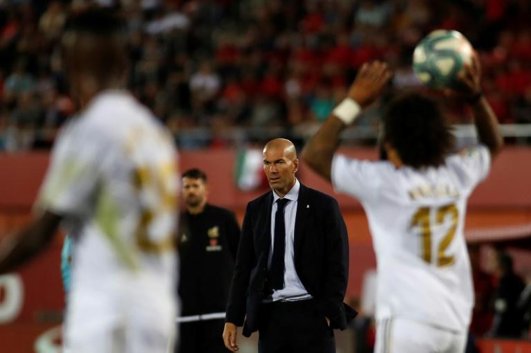 L'entraîneur français du Real Madrid Zinedine Zidane lors du match face au RDC Mallorca le 19 octobre 2019 à Palma de Majorque