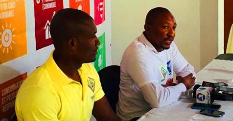 Les responsables de l'Association des Volontaires pour la Démocratie, Chebert Lindor (à gauche) et Carlin Michel, président de l'AVD.