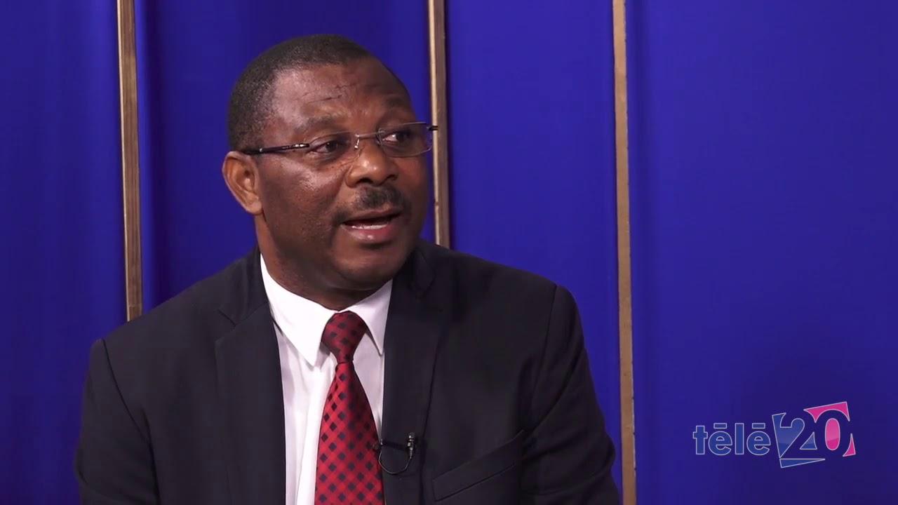 """Jude Charles Faustin, un des conseillers de la présidence qui a qualifié les militants anti-PHTK de gens """"affamés"""" sur les ondes de radio Caraibes, samedi 5 octobre, lors de sa participation à l'émission """"Ranmase""""."""