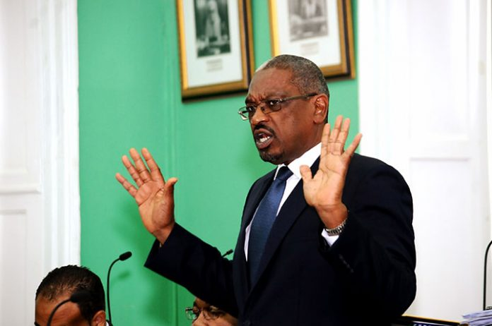 Le Premier Ministre des Bahamas, Hubert Minnis./Photo: Source-CNW Network.