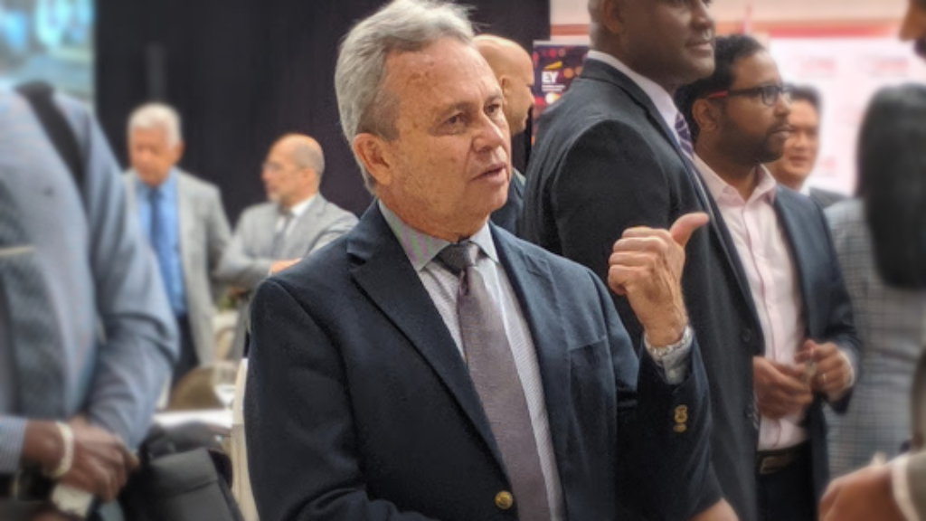 Finance Minister Colm Imbert speaks with attendees at the T&T Chamber of Industry and Commerce's Post Budget Analysis Meeting at the Hyatt Regency Hotel on October 8, 2019. Photo: Darlisa Ghouralal.