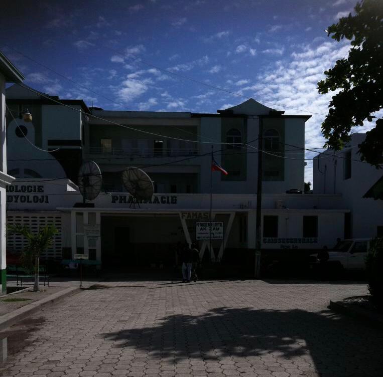 Cayes: vandalisme, vol et viol à l'Hôpital Immaculée Conception