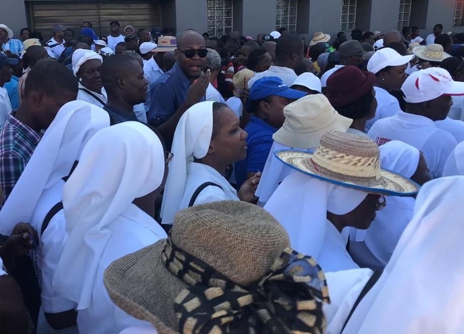 Des Soeurs religieuses Catholiques, participant a la marche pacifique organisée à Port-au-Prince.