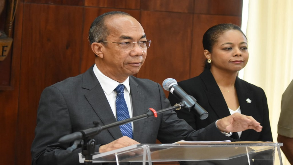National Security Minister addressing journalists at a press conference. (Photo: file)