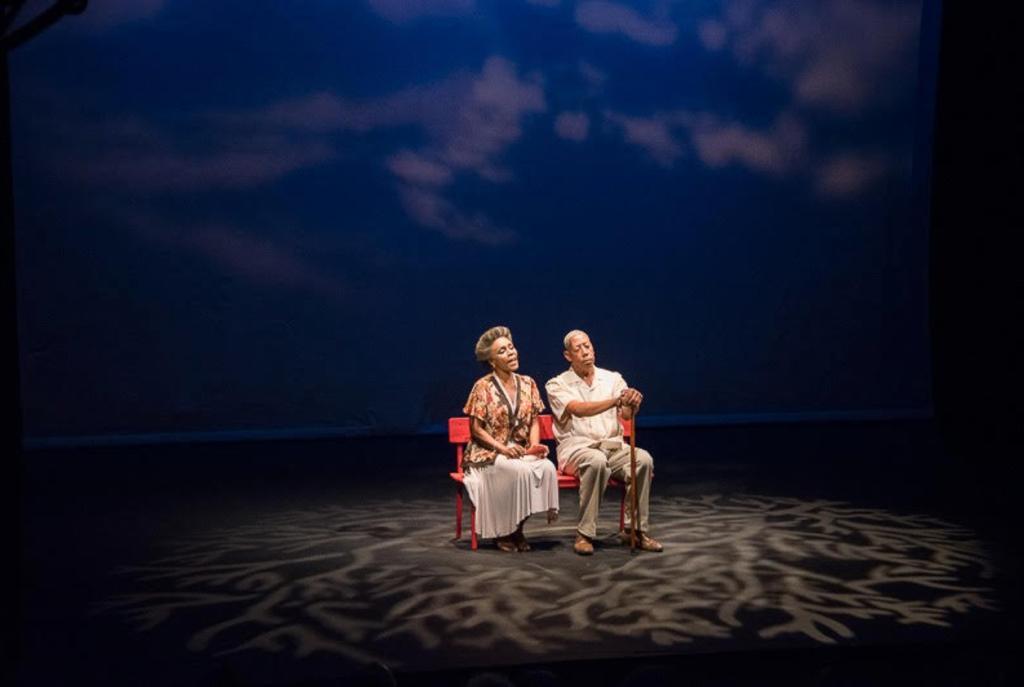 LE MERISIER, de Georges MAUVOIS, mise en scène Syto Cavé - Théâtre (France - Haïti) Personnages: Daniel Marcelin et Laurence Durand