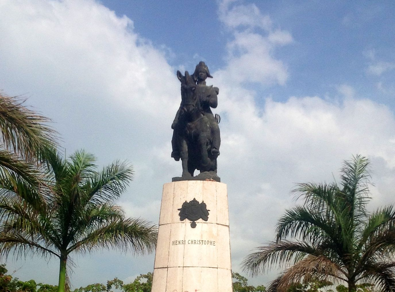 Statut du roi Henri Christophe sur son cheval au Champs de mars
