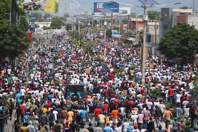 A Port-au-Prince, les manifestants sont descendus dans les rues ce vendredi pour réclamer le départ de Jovenel Moise
