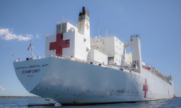 Le navire-hôpital américain USNS Comfort Crédit Photo : Ambassade américaine en Haiti.