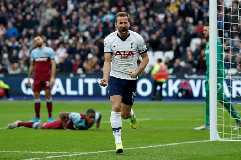 Le capitaine Harry Kane a assuré le succès de Tottenham sur la pelouse de West Ham pour la première de José Mourinho, le 23 novembre 2019