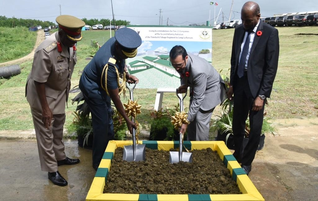 Sod turning at construction of new living quarters for Second Infantry Battalioni for Regiment at Camp La Romain.