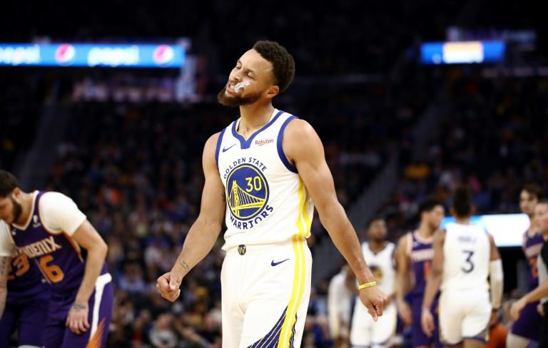 La star de Golden State, Stephen Curry, avant sa blessure à la main gauche contre Phoenix, le 30 octobre 2019 à San Francisco