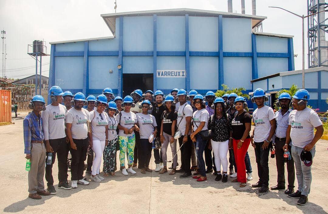 L'équipe de la Sogener, ainsi que les responsables de la compagnie dans les locaux des centrales Varreux./Photo: Sogener-Twitter.