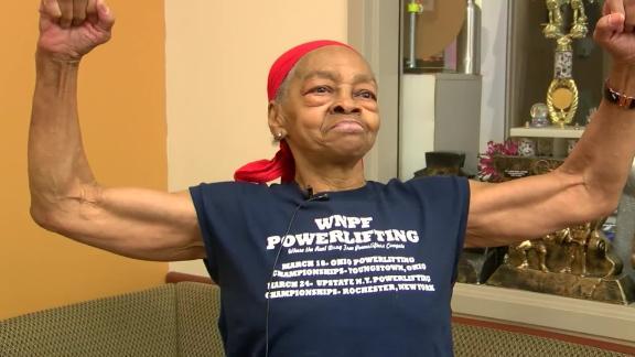 Willie Murphie, octogénaire et ancienne championne de bodybuilding Crédit: ksltv.com