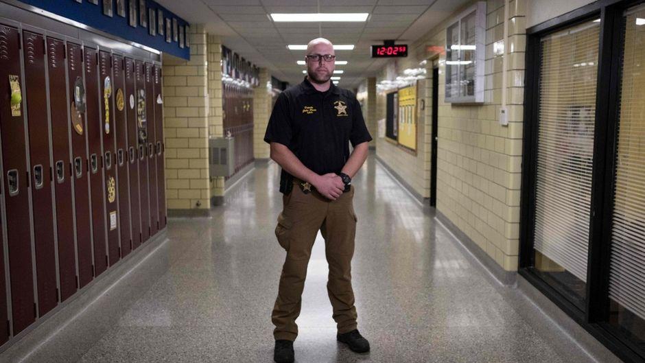 Une école de l'Ohio arme ses profs