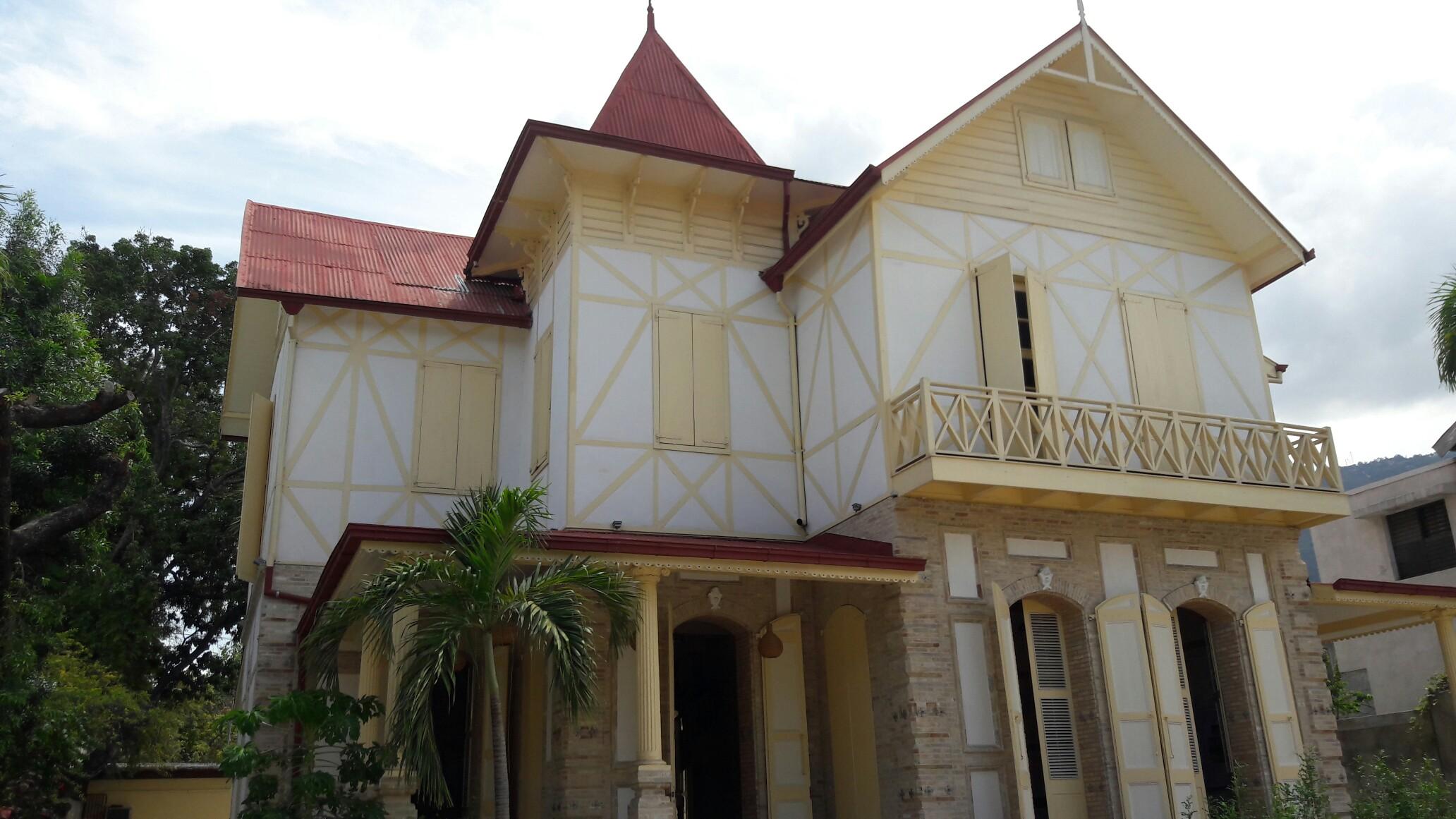 La Maison Duffort de style Gingerbread, restaurée par la Fokal en 2012 et inaugurée en mars 2016./Photo: Travel Notes.