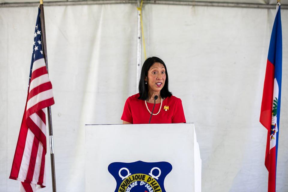 L'Ambassadeur des Etats-Unis accréditée en Haïti, Michèle J. Sison. Page Facebook/Ambassade américaine.