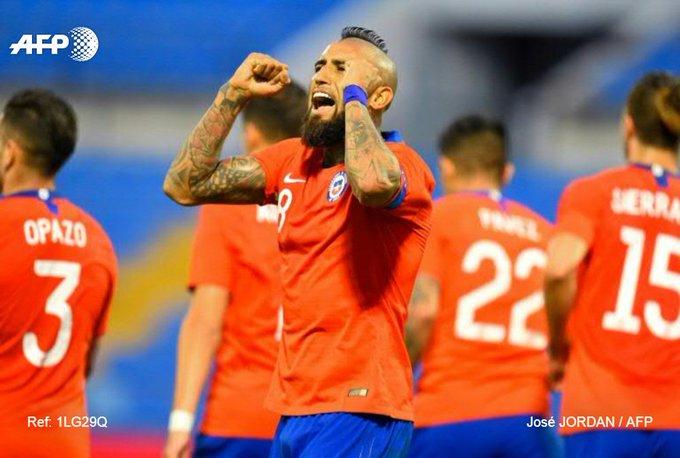 Le milieu de terrain chilien Arturo Vidal après un but contre la Guinée en match amical, le 15 octobre 2019 à Alicante
