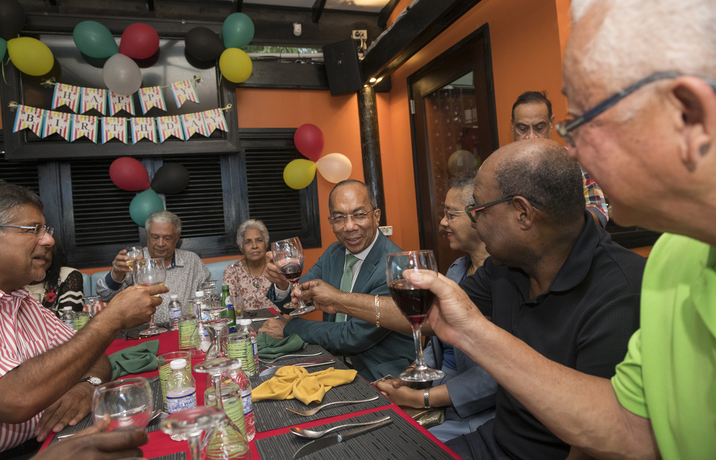 Guests raised toasts to the guest of honour Dr Horace Chang (centre). (Photos: Contributed)