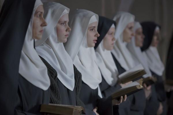Une rangée de Bonnes soeurs polonaises./Photo: AFP