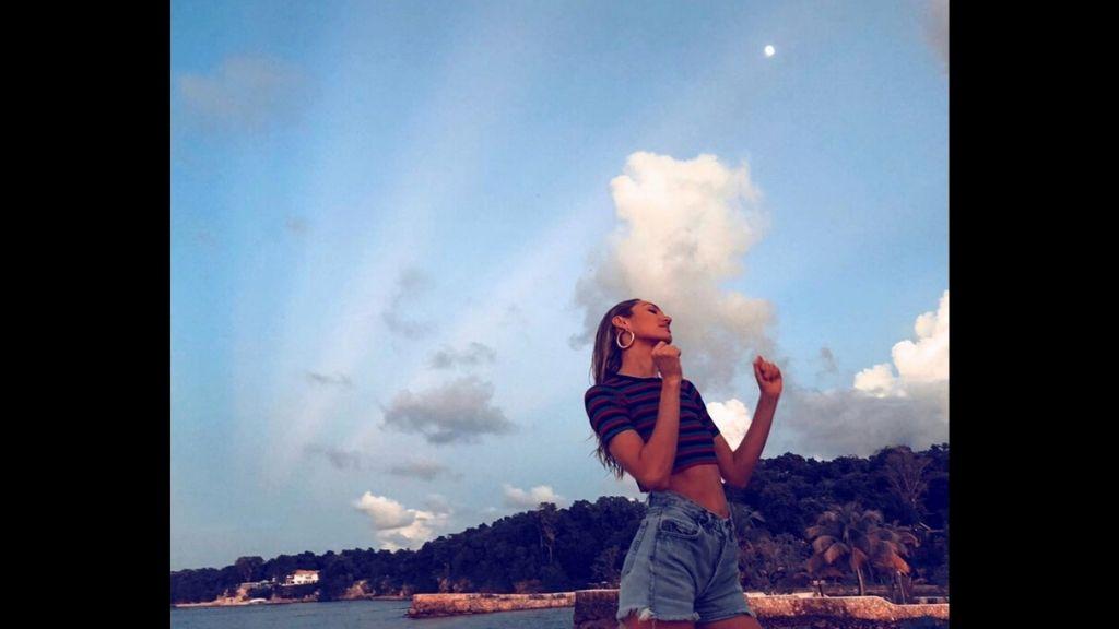 Model Candice Swanepoel at Goldeneye. (Photos: via Instagram)
