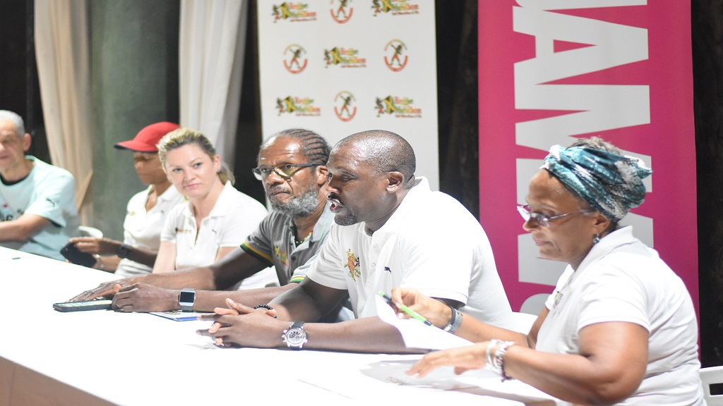 Reggae Marathon chairman Ian Kelly (second right) speaking at a press conference on Saturday in Negril, Westmoreland. Also pictured (from right) are Reggae Marathon sponsorship and marketing director, Diane Ellis; race director Alfred Francis and  Jamdammers Running Club of Kingston president, Aileen Corrigan.