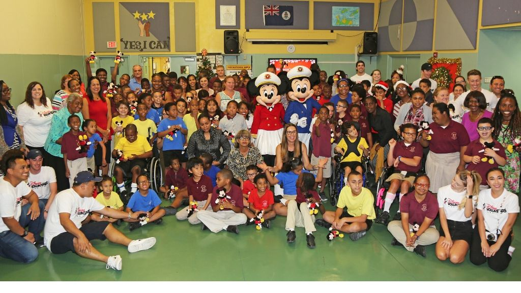Disney Cruise Line 'VoluntEARS', Captain Mickey and Captain Minnie alongside Lighouse School students and staff.
