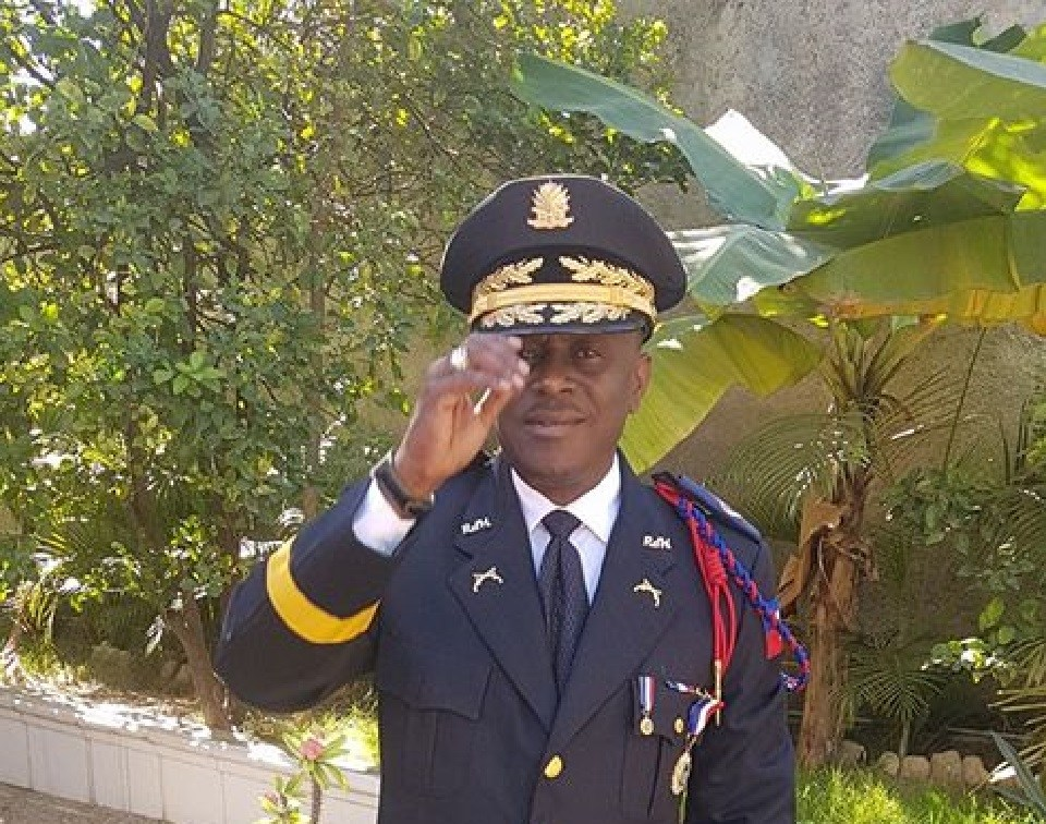 Sur la photo, l'ancien responsable de la Direction Centrale de la Police Judiciaire (DCPJ), Michaël Lucius.