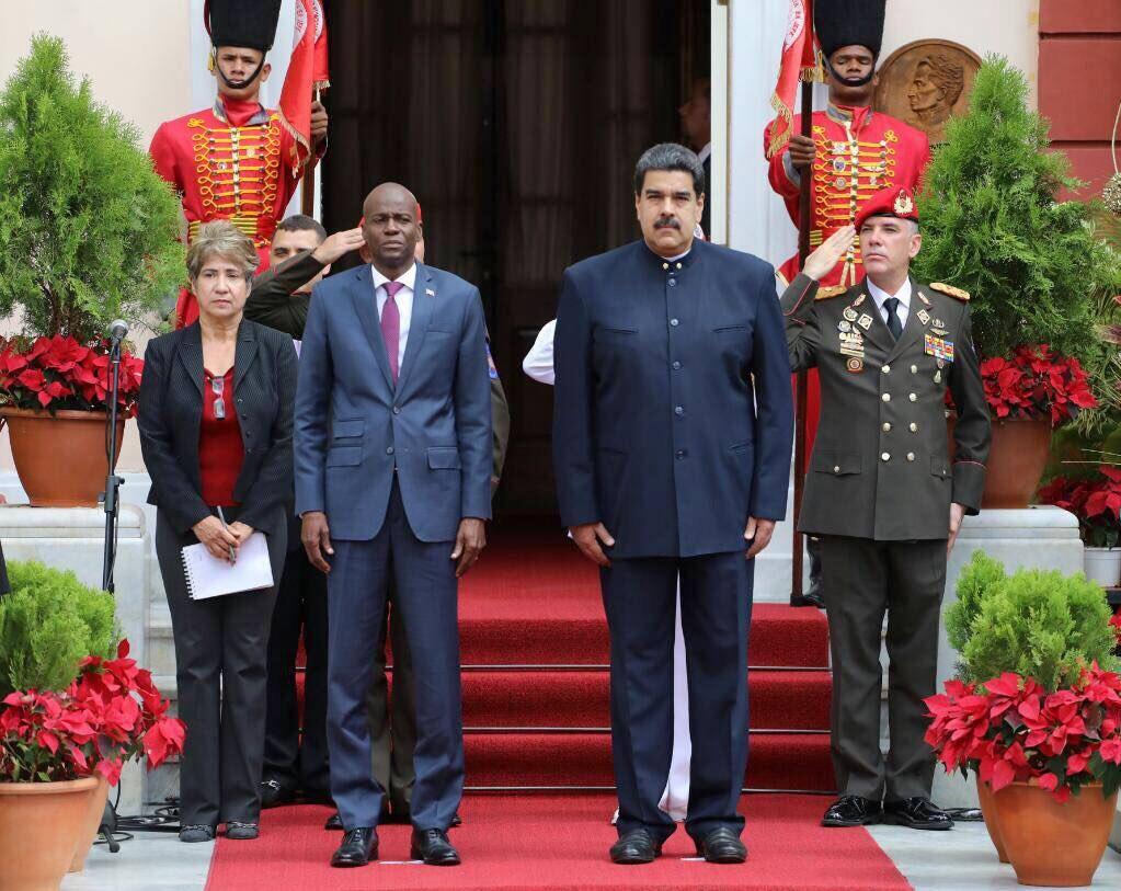 A gauche, le Chef de l'Etat haïtien, Jovenel Moïse, a droite, le Président Vénézuelien, Nicolas Maduro. Photo Archives.