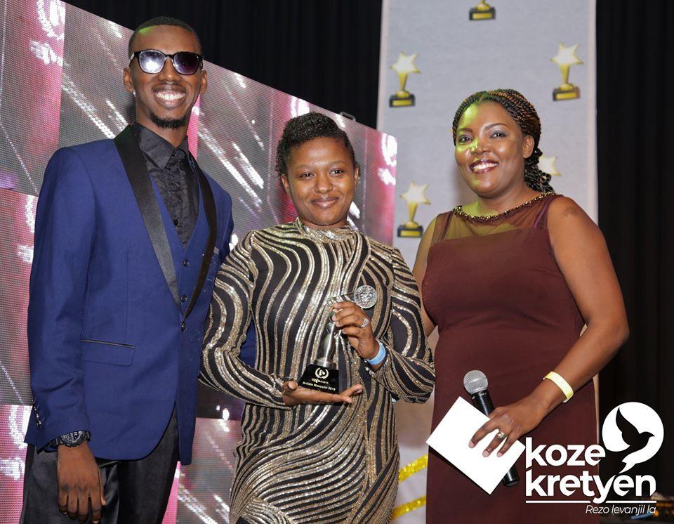 """Le couple Gabriel récompené au cours de la soirée baptisée """"Medya Levanjol Awards"""" Crédit Photo: Koze kretyen"""