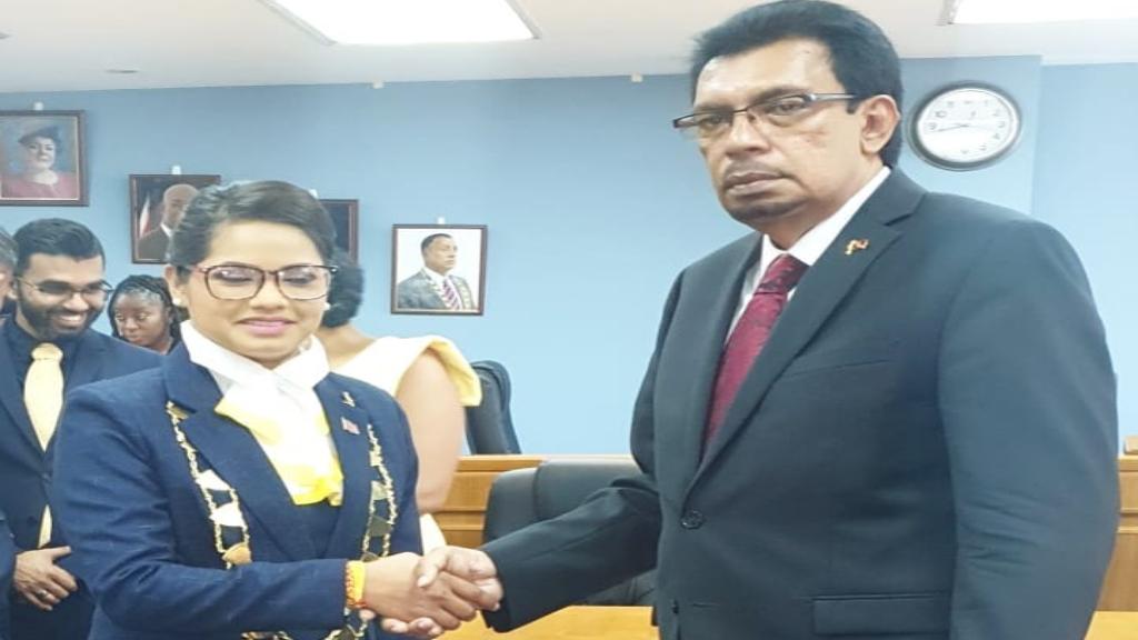 Rural Development and Local Government Minister Kazim Hosein (right) congratulates new Chaguanas Mayor, Vandana Mohit (left). Photo via Facebook, Minister Kazim Hosein.