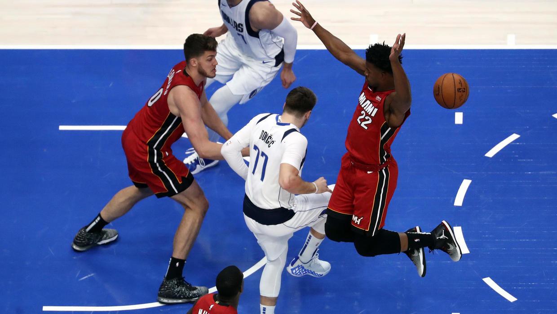 NBA: entorse de la cheville pour Luka Doncic, défaite des Clippers