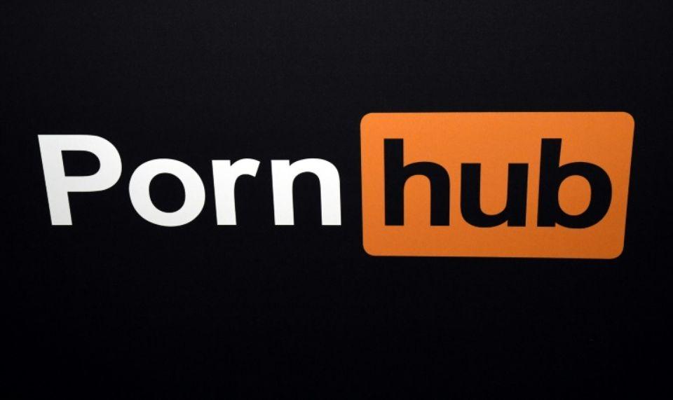 Le logo du site de pornographie Pornhub, déployé à un salon de loisirs pour adultes de Las Vegas en janvier 2018Photo Ethan Miller. AFP