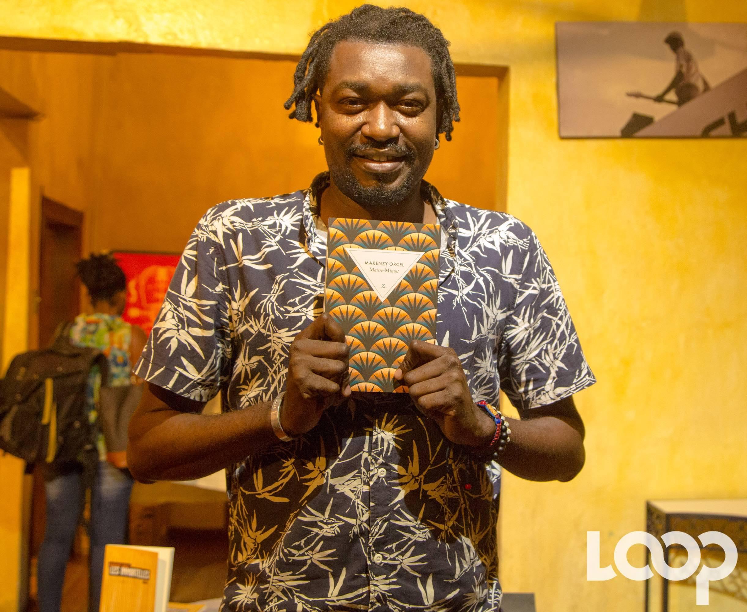 Soirée de vente-signature du roman Maître-Minuit de l'auteur Makenzy Orcel, à Yanvalou bar-resto 6 janvier 2019. Crédit photo: Loop Haïti/Luckenson Jean