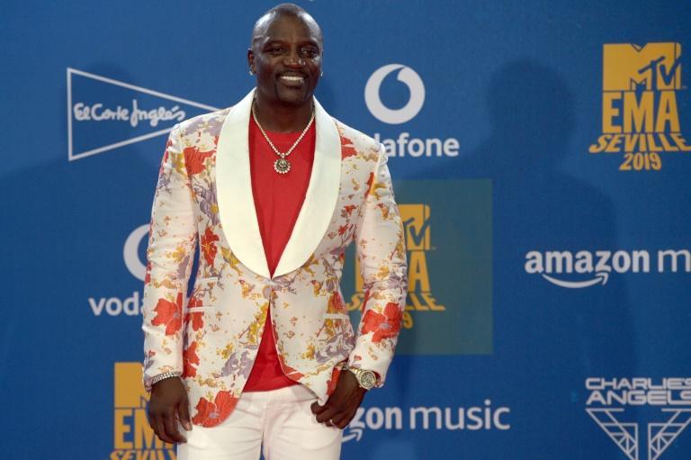 Le rappeur américano-sénégalais Akon le 3 novembre 2019 aux MTV Europe Music Awards à Séville afp.com - CRISTINA QUICLER