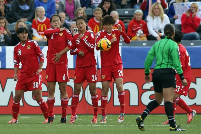 L'équipe chinoise féminine de football face aux Etats-Unis, en match amical, le 6 avril 214 à Commerce City au Colorado