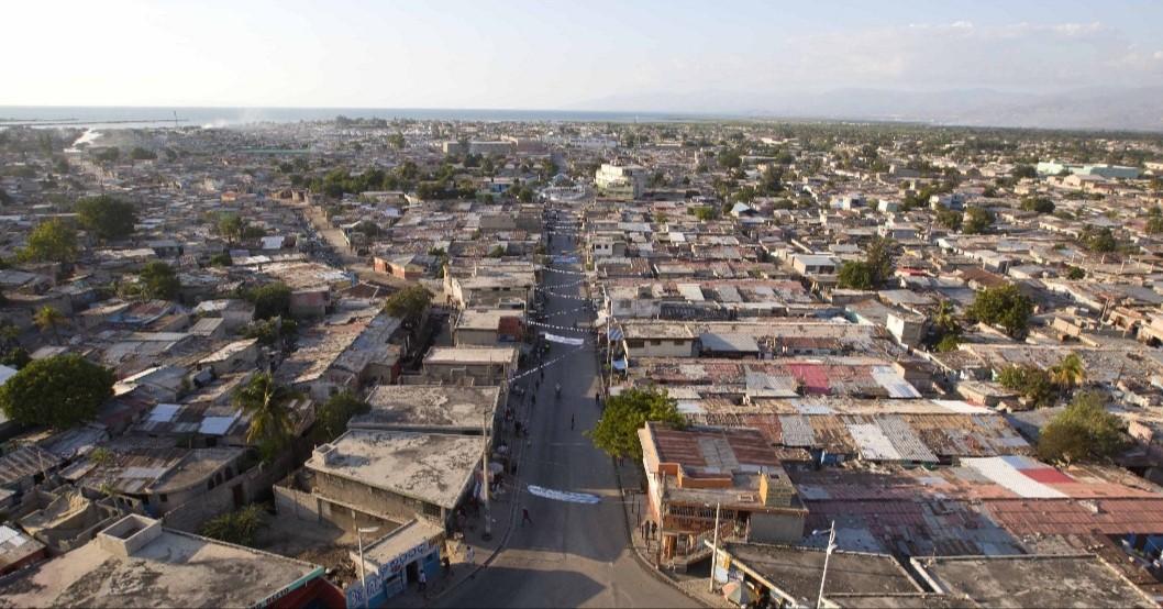 Vue aérienne de la commune de Cité Soleil. Crédit photo: Dieu-Nalio Chery/AP.
